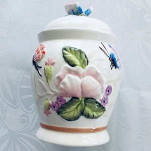 """Vintage Kitchen - Vtg canister 7"""""""